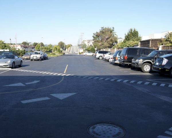 Asphalt Parking Lot – Commercial